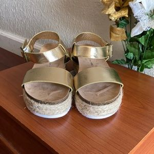 Women's Shoes/CHINESE LAUNDRY